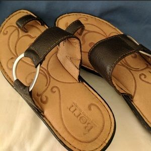 Born Leather Sandals~LIKE NEW!